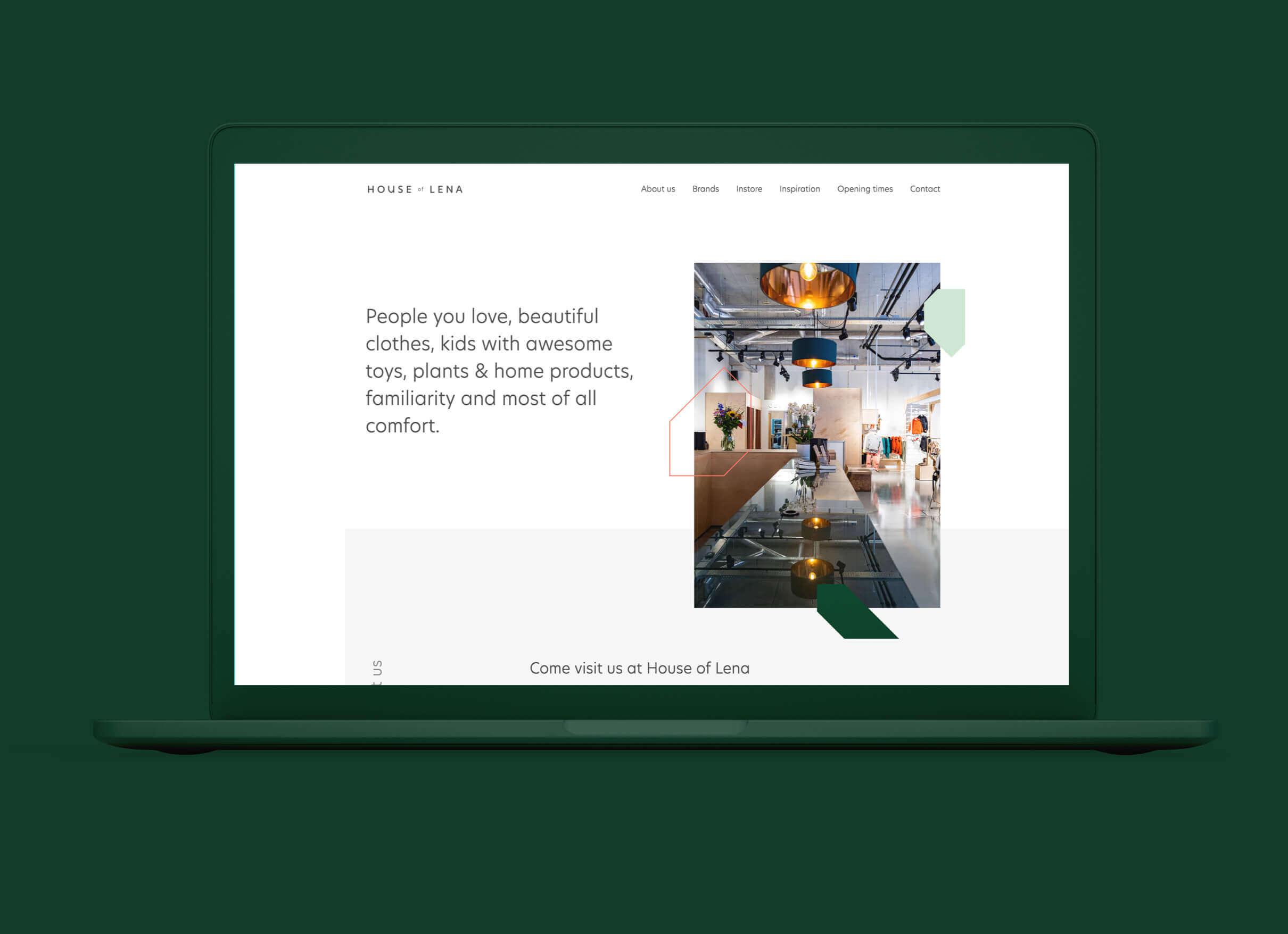 House of Lena homepage ontwerp afgebeeld op een laptop